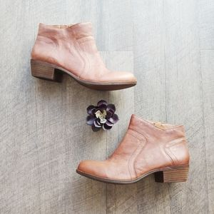 Lucky Brand Cognac Leather Booties Size 10